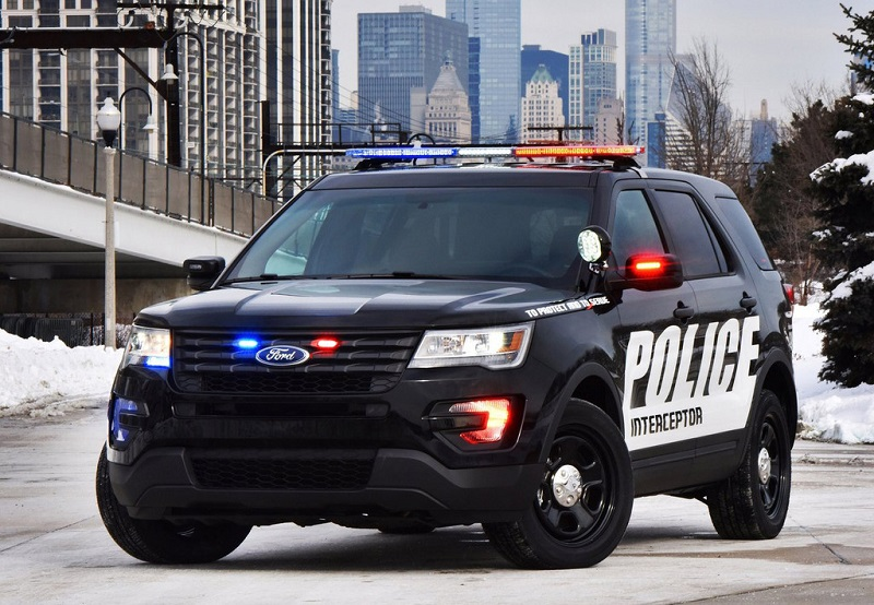 nope-criminals-these-are-the-fastest-police-cars-united-states2