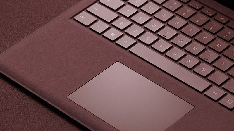 7 Reasons Why The Microsoft Surface Laptop Cooler Than The MacBook Pro3