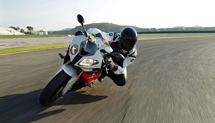 5 MYTHS FOR EVERY MOTORBIKES RIDER