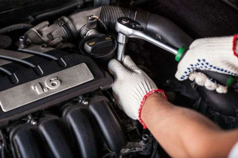 How To Win Customers With Your Auto Mechanics Workshop