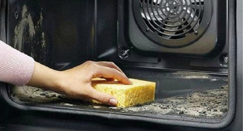 Clean The Oven Without Difficulty And Without Harm!