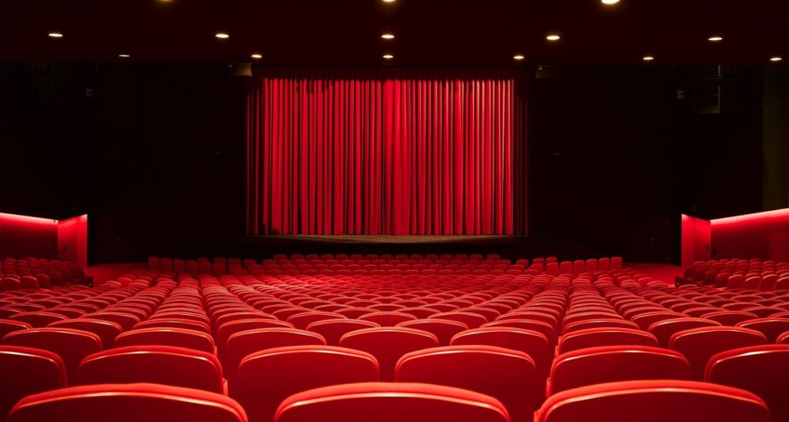 3 Theater Festivals for Dramatic Art Lovers