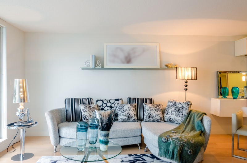 How To Decorate The Wall In The Living Room