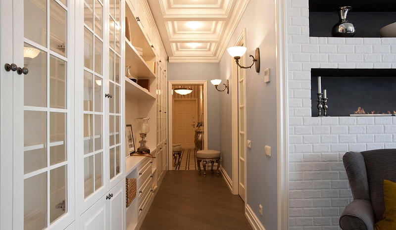 How To Equip A Small Hallway In The Apartment?